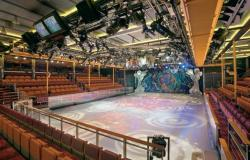 Mariner of the Seas - Royal Caribbean International - prostor pro show na bruslích v Studio B