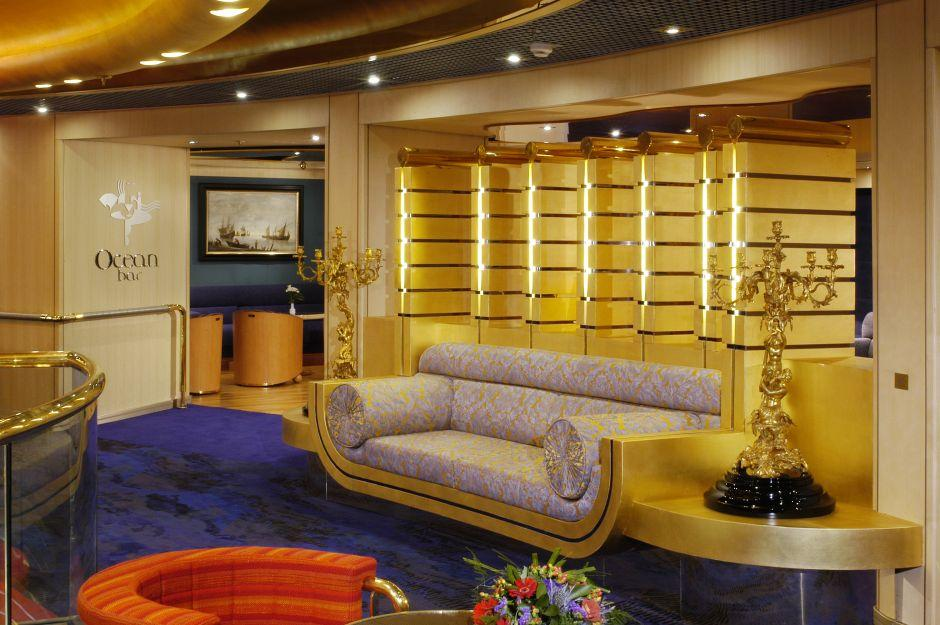 MS Oosterdam - Holland America Line - The Ocean Bar