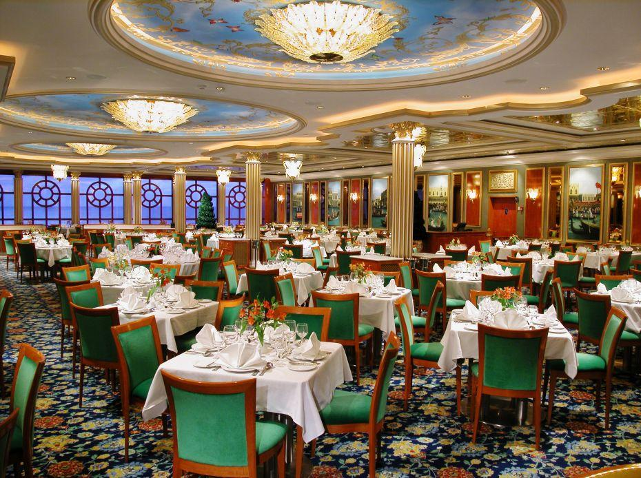 Norwegian Breakaway - Norwegian Cruise Lines - hlavní restaurace na lodi The Manhattan Room