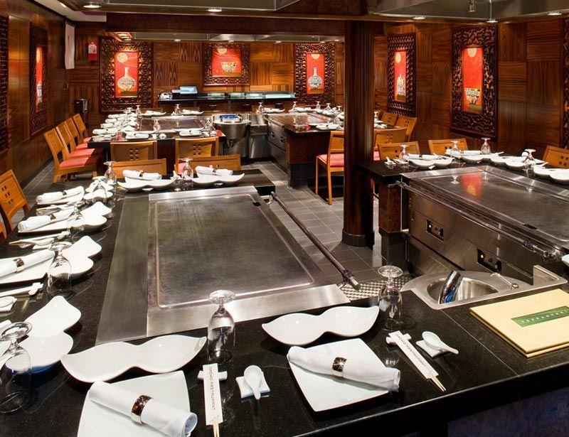 Norwegian Gem - Norwegian Cruise Lines - Teppanyaki Restaurant