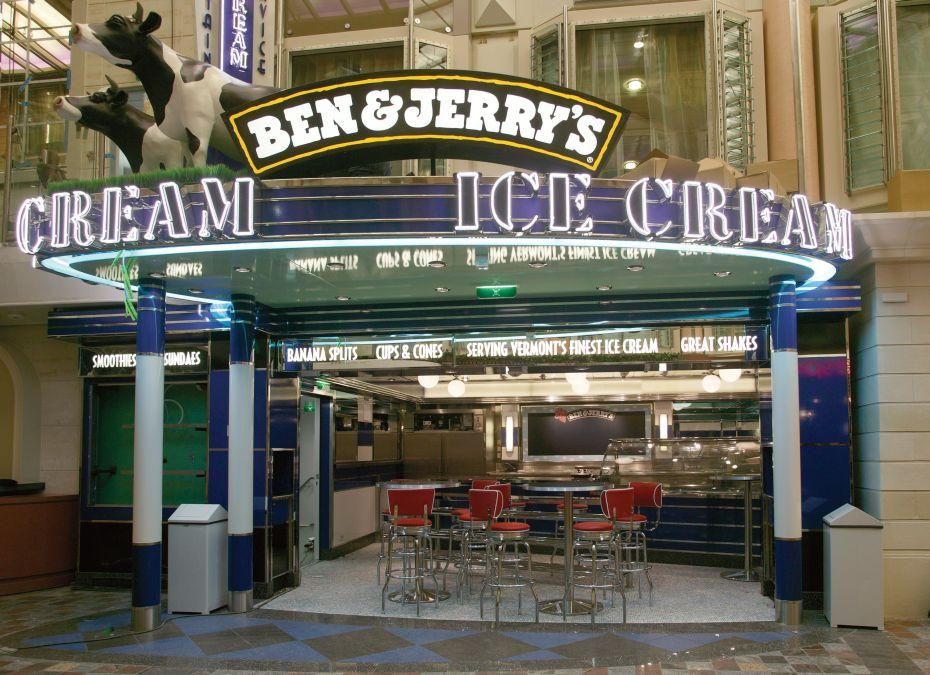 Freedom of the Seas - Royal Caribbean International - Vstup do zmrzlinového salónu Ben & Jerry's