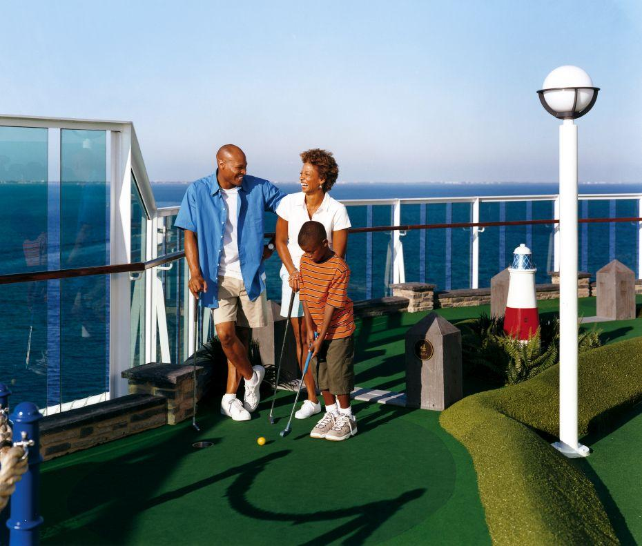Jewel of the Seas - Royal Caribbean International - mini golf