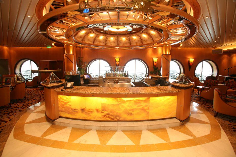Liberty of the Seas - Royal Caribbean International - bar